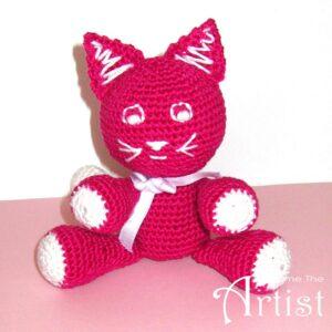chat en crochet fini couleur fuchsia